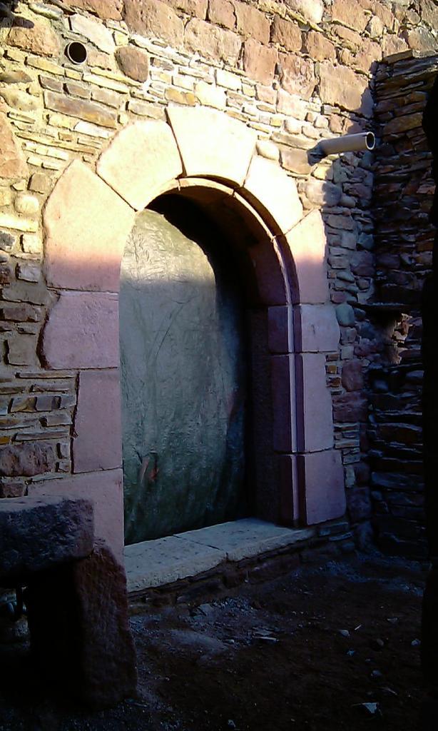 Création ouverture pierre