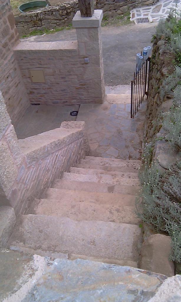Escalier extérieur pierre de taille