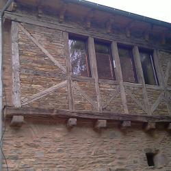 Charpente colombages & maçonnerie pierre sèche